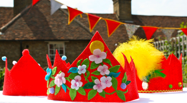 Mrs Fox's Felt Crowns